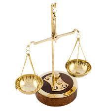 """Нова наредба: Единен държавен изпит по """"Право"""", махат задочното обучение"""