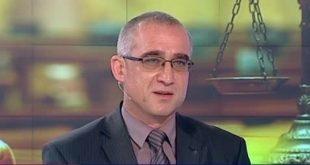 """Атака срещу върховен съдия, написал """"особено мнение"""" за """"ЦУМгейт"""""""