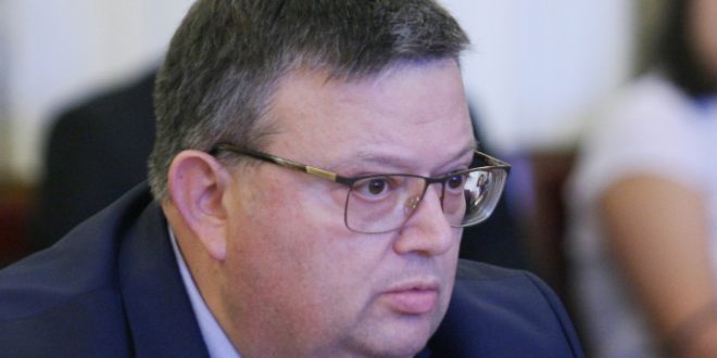 Сотир Цацаров: Подкрепям позицията на адвокатите за неприкосновеност на професията, но защитникът няма имунитет за лична престъпна дейност