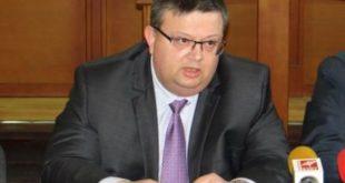 """Цацаров по повод публикация в """"Биволъ"""": Всичките ми имотни сделки са декларирани по  законов ред, нямам какво да крия"""