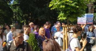 На протест:  Мая Манолова поиска ревизия на реституции и заменките на земи в София