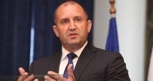 Президентът Румен Радев наложи вето върху два текста от Закона за устройството на Черноморското крайбрежие.