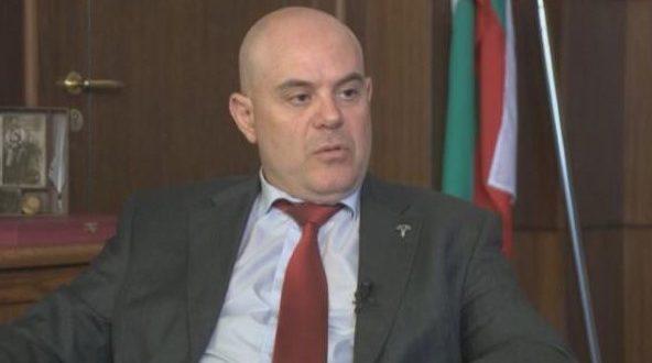 Иван Гешев с незадоволителен отговор на въпрос за независимото разследване на главния прокурор