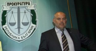 Гешев: Шефовете на прокуратурите извънредно да затегнат контрола над обвиняеми с две и повече дела
