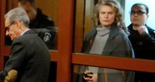 Апелативният спецсъд отмени гаранцията на жената до Васил Божков, вкара я пак зад решетките