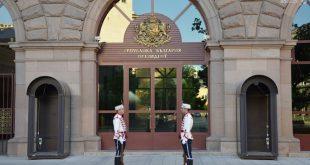 Спецпрокуратурата и СДВР претърсват кабинети в президентството