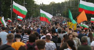 Пребитият Димитър Педев – с обвинение за хулиганство и 1 000 лева гаранция, разследването за полицейско насилие – под въпрос