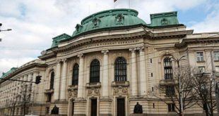 """Писменият изпит по """"външния"""" конкурс за административни съдии ще е на 31 юли в СУ"""