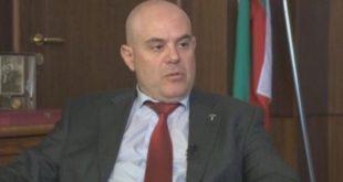 """Втора комисия обяви Иван Гешев за """"годен"""" за главен прокурор. Той пък цитира Румен Янков и Венецианската комисия"""