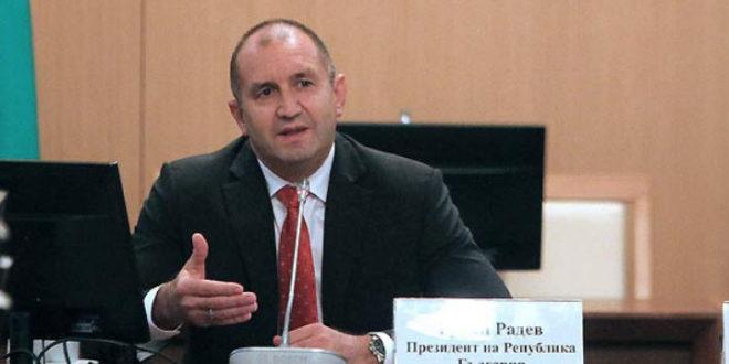 Президентът Румен Радев наложи вето върху закона за ратифициране на договорите за самолетите F-16 Block 70