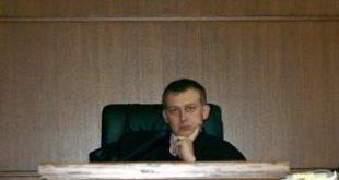До изясняване на гражданството му, ВАС да спре назначението на Алексей Трифонов начело на Софийския градски съд