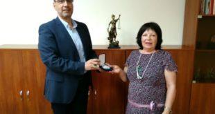"""Прокурор от Окръжна прокуратура – Бургас награден с  """"личен почетен знак втора степен – сребърен"""" за безупречна служба"""