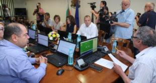 """Районният прокурор на Враца със """"забележка"""" за просрочия, кадровици утре ще  """"уточняват"""" въпросите си към кандидата в избора на 24-и"""
