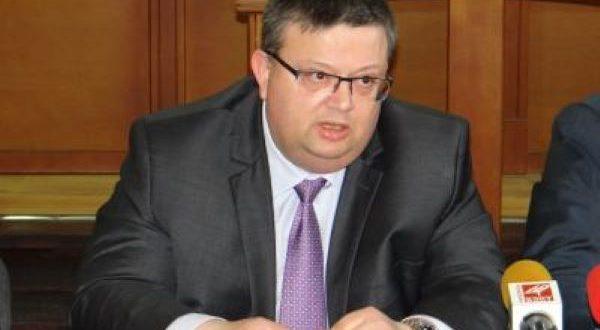 Управляващите предлагат Цацаров за шеф на Антикорупционната комисия (обновена)