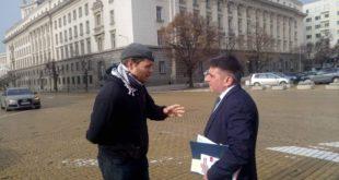 Нарушено ли е международното право при задържането и ареста на Джок Полфрийман? *