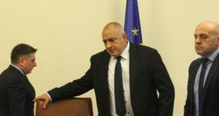 """Иерархично подчинени прокурори ще избират """"Независим"""" прокурор за """"независимо"""" разследване на главния"""