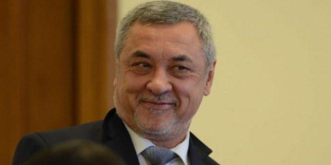 """Руското разузнаване отрича да е лобирало за освобождаване на Васил Божков, """"партенката"""" пуснал Валери Симеонов"""