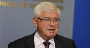 Заради К-19:  Здравният министър временно забрани влизането на територията в България
