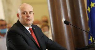 """Главният прокурор Иван Гешев: Няма да наричам Радев президент, той стана един """"обикновен политик"""" от Прехода!"""