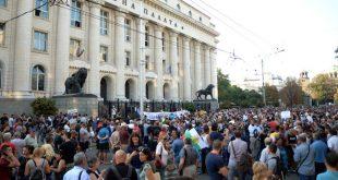 """""""Правосъдие за всеки"""" подновява протестите срещу политическото бездействие в НС за съдебна реформа"""