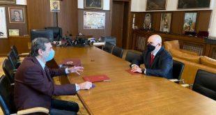 """КТ """"Подкрепа"""" подписа меморандум с Гешев за защита на трудовите права на членовете си  (коментар)"""