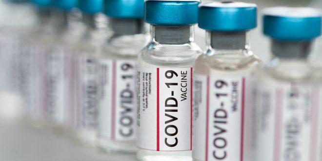 Очакване в последния работен ден: Депутатите да възложат на МС преговори за внос на ваксини от държави извън ЕС