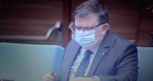 Цацаров отиде в парламента за отчета на КПКОНПИ, никой нищо не го пита