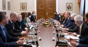 Румен Радев пред Мониторинговата група: ЕС трябва да есилно ангажиран с борбата срещу корупцията в България