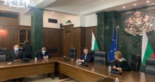 Съдии от ВКС и министър Янаки Стоилов обсъдиха проблемите с работата на ЕИСС и тромавата процедура за  конкурсите