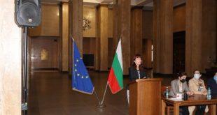 Оспорвано с 5:4 гласа Избирателната комисия по избора на 2-ма членове на ВСС обяви и повторния вот за нередовен