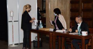 Към 18 ч.:  Съдиите на нов избор в неделя. От 2202 -ма с право на глас, участие във вота за 2-ма членове на ВСС са взели  669  (обновена)
