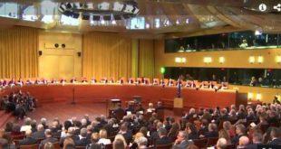 Съдът на ЕС по въпроси на ВАС:  Европейско право не забранява на незрящо лице да изпълнява функции на съдебен заседател